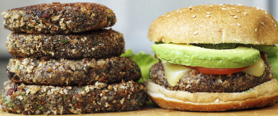 How To Make Meatless Mushroom Burgers - Real Plans