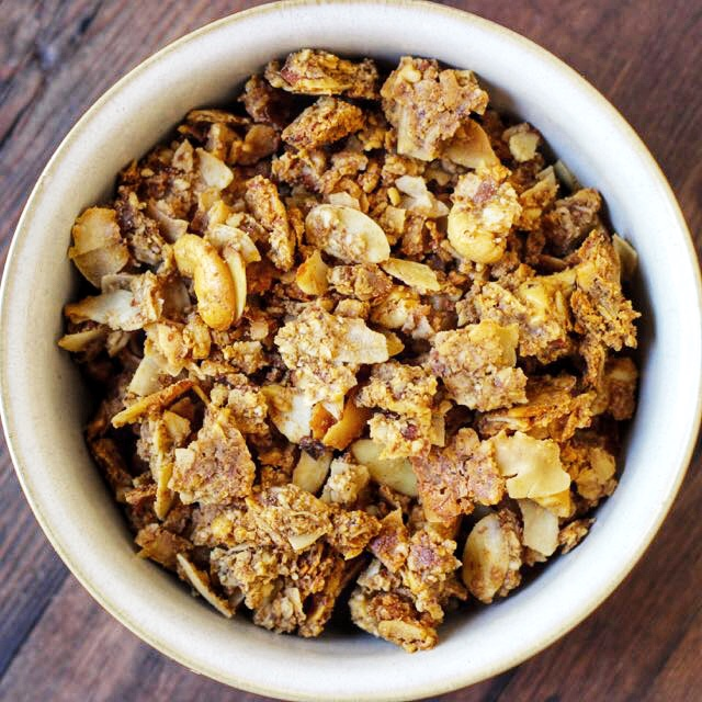 Keto Coconut Cashew Granola - Real Plans