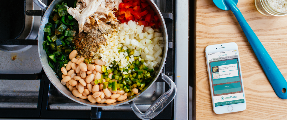 Chicken-burrito-bowl-prep-with-phone